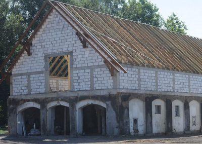 Budowa nowego dachu.